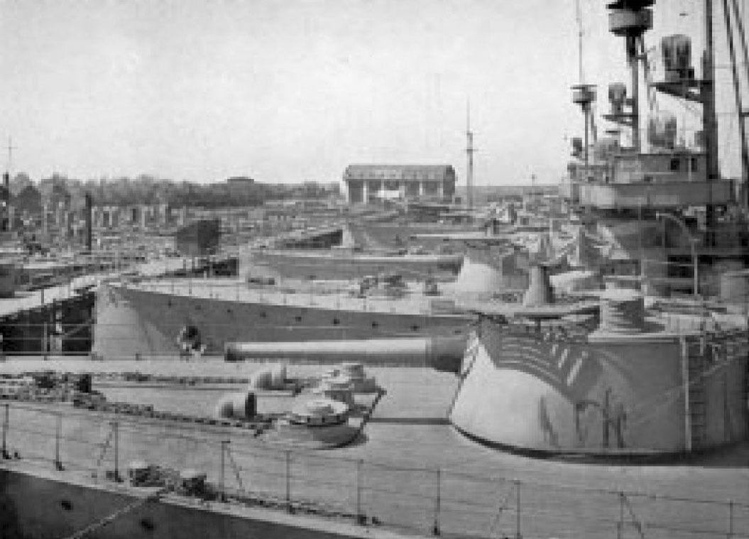Ryskt fartyg halls kvar i stockholm
